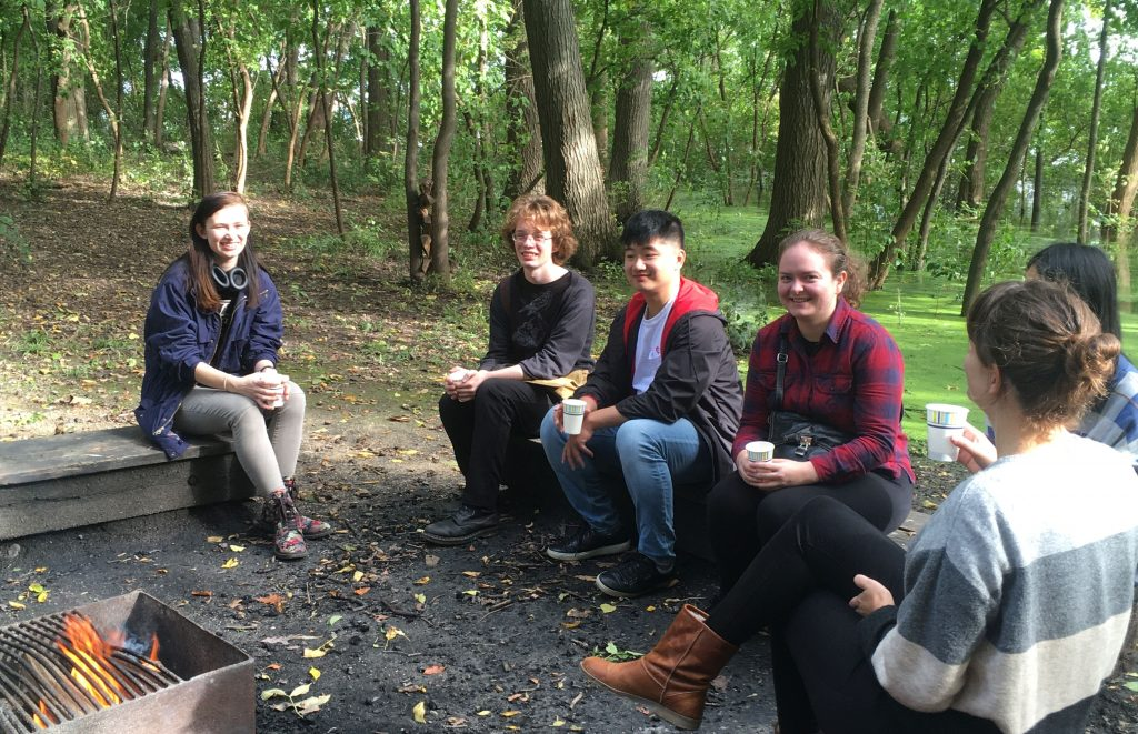 Linguistics students at the LSO Fall Picnic